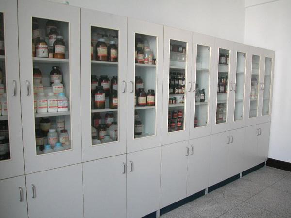 深圳福永某药品柜安装案例